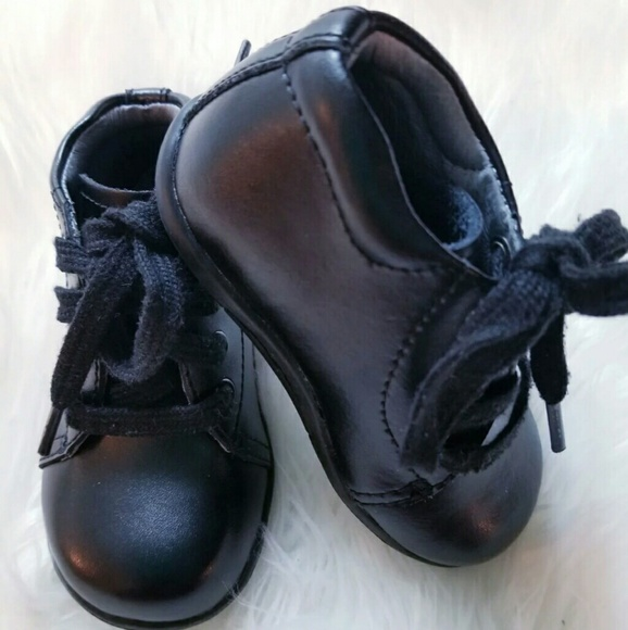 ce0f637e8c34 STRIDE RITE SRT ELLIOT BLACK LEA SHOES. M 5b08783331a3762f902c7d7b